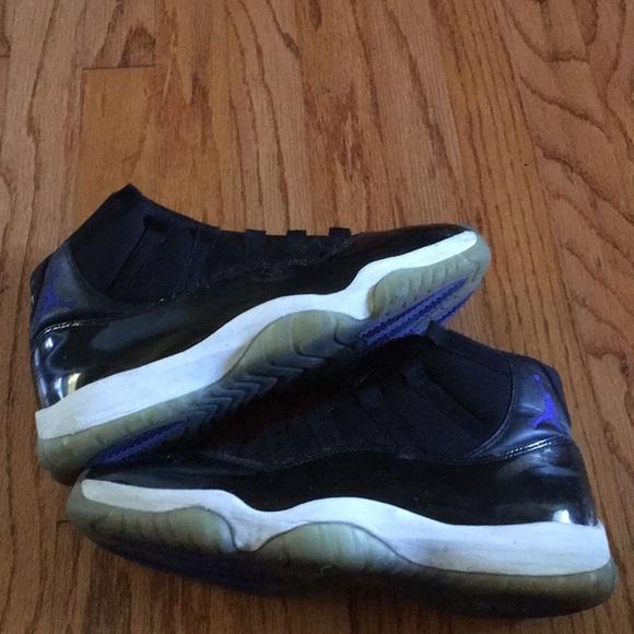 2c429620b2268b Jordan Other - Nike air Jordan 11 Space Jam 2016 Beater